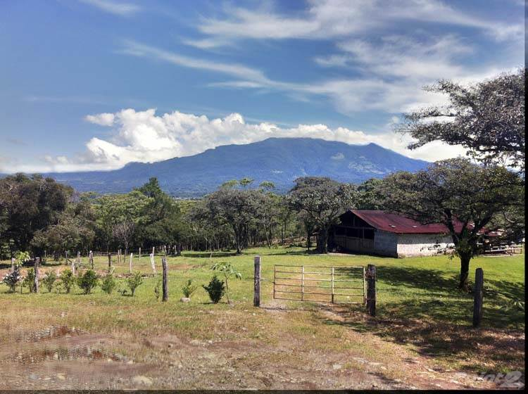 Продажа жилищных объектов в Expansive Property in Jaramillo, Boquete on newly paved road, Jaramillo, Boquete, Panama, Boquete, Chiriquí   , Панама